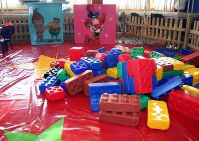 Voor kinderen zijn blokken altijd leuk om creatief mee te spelen.
