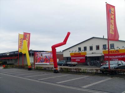 Leuke opvallende skydancers die zeker de aandacht van de consument op verre afstand zullen trekken.